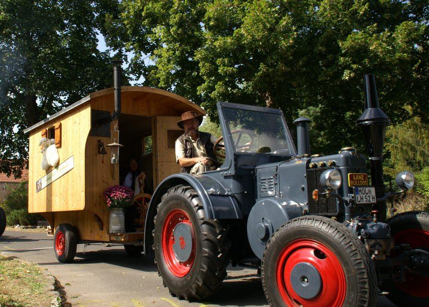 BoWo Schaeferwagen mit Lanz nzev6skarsovli1z71oz2oml2kzx3472d3mwy0581s - Schäferwagen